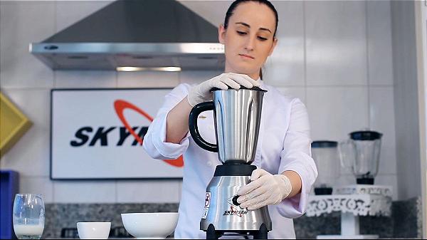 Liquidificador inox copo inox alta rotacao LI 1,5 litros