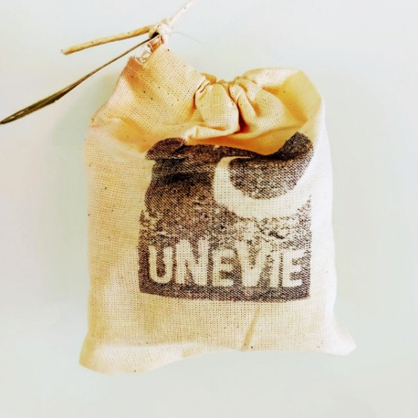 Unevie - Shampoo em barra Alecrim, Lavanda e Vanila uNeVie 90g