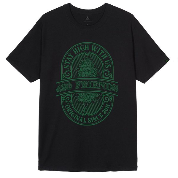 Camiseta Stay High With Us