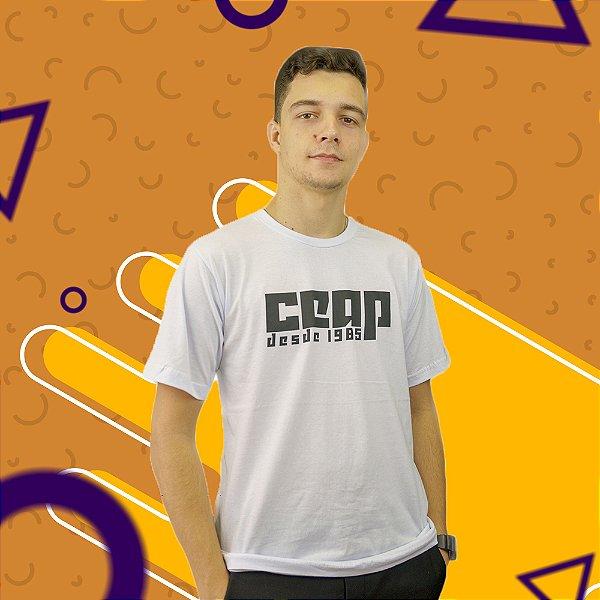 Camisa branca CEAP desde 1985