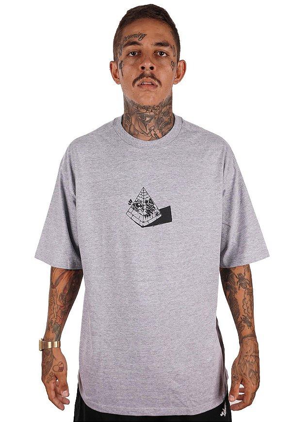 Camiseta Wanted - Eye of Pyramid