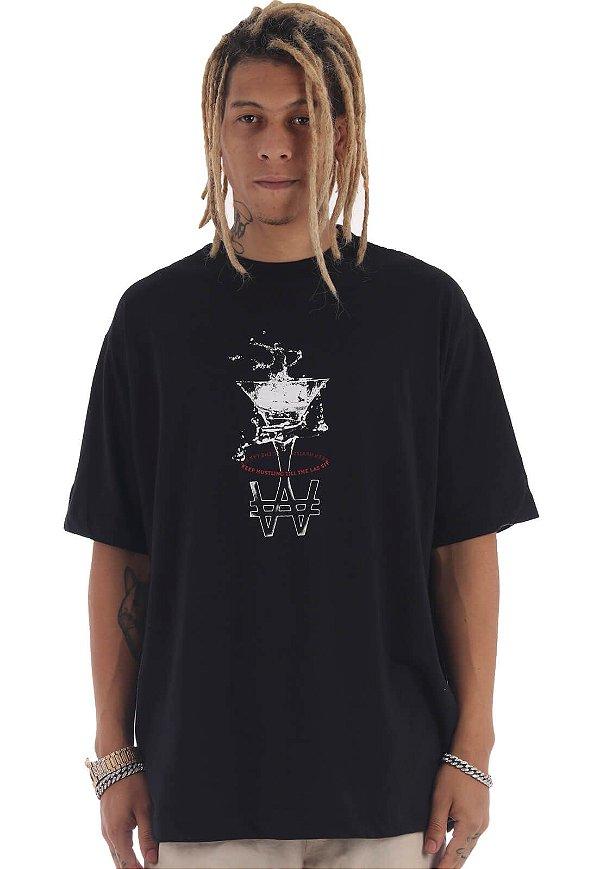 Camiseta Premium Wanted - Drink Preta