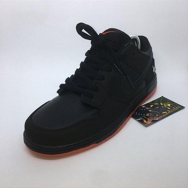 Tênis Nike Sb Dunk Low Pigeon - Black