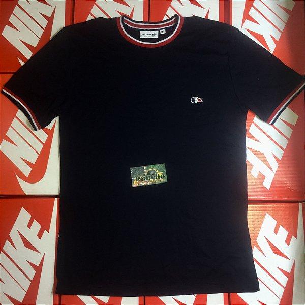 "Camiseta Lacoste ""France"" - Preta"