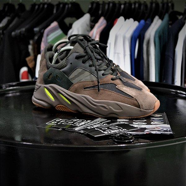 Adidas Yeezy Wave Runner 700 'Mauve' - Pronta Entrega