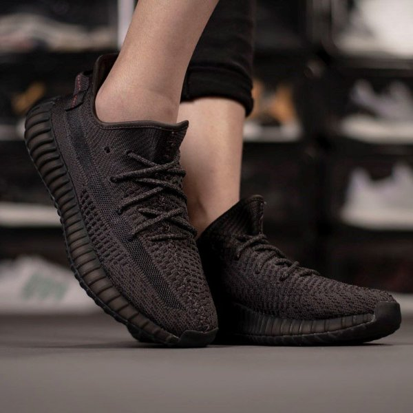 Adidas Yeezy 350 Boost V2 'Black none Reflective' - ENCOMENDA
