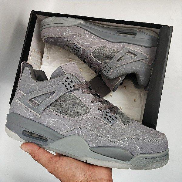 Nike Air Jordan 4 KAWS x 'Cool Grey' PK - ENCOMENDA