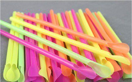 Canudo Mexedor colher neon embalado 100 unids