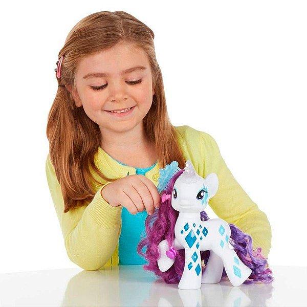 Boneca My Little Pony Rarity Luxo e Luz - Hasbro