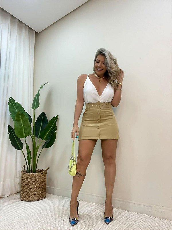 Shorts Saia Botões Bege