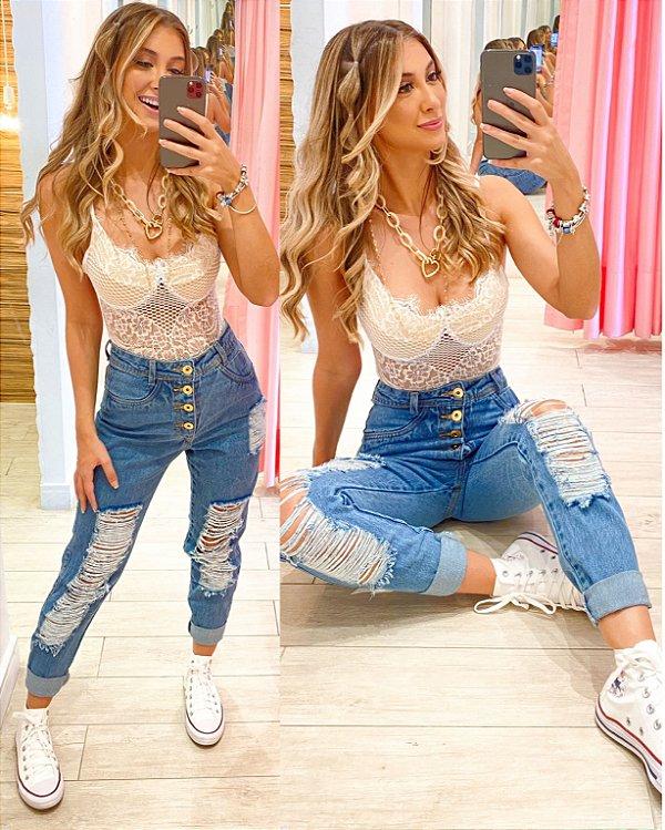 Calça Mom Jeans C19