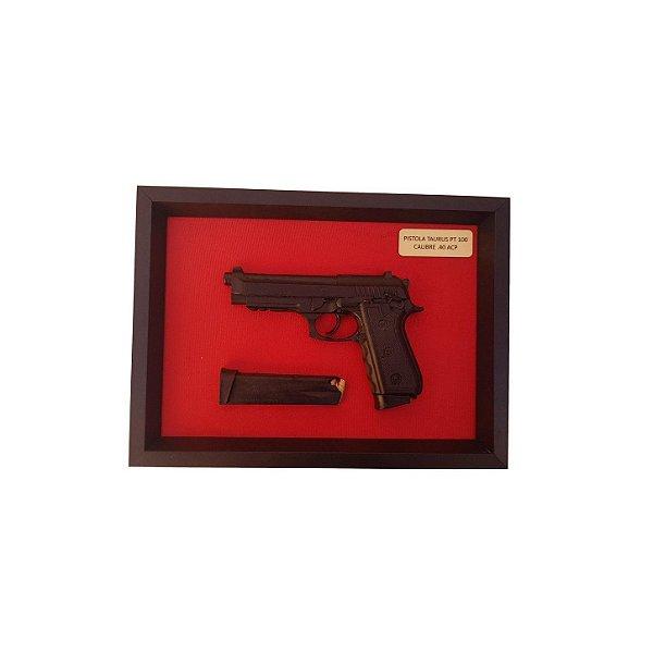 Quadro Moldura Decorativa (Pistola PT100 Taurus .40)