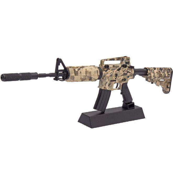 Miniatura M4A1 Camo