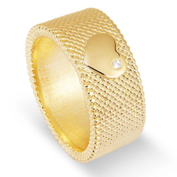Anel tipo argolão com coração da coleção DOTS OF LOVE em semi joia banhada em ouro 18k e safira branca