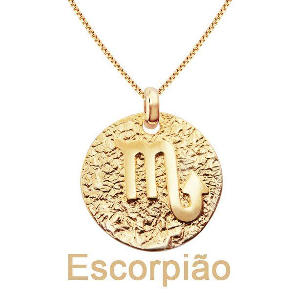 Gargantilha de signos do zodíaco em semijoia banhado em ouro 18k
