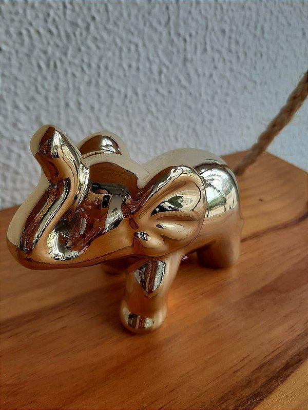 Elefante Decorativo Pequeno Dourado 8,5X4X9cm