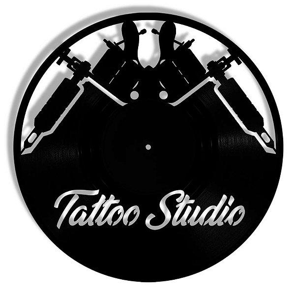 Vinil - Tattoo Studio