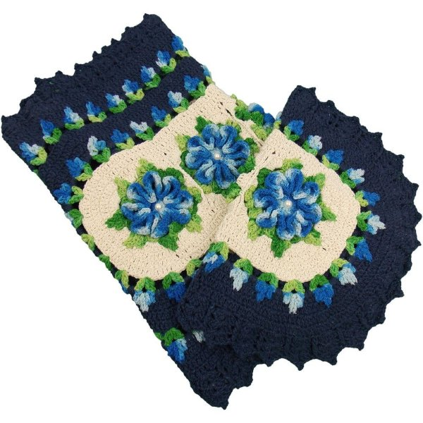 Jogo Tapetes de Crochê para Banheiro Azul Marinho com Flores Azul Mesclado
