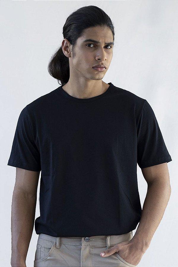 Camiseta Basica Masculina Versatti Preta Sao Paulo A20