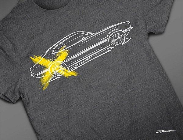 Camiseta Ford Maverick por Adonis Alcici - Desenho Automotivo