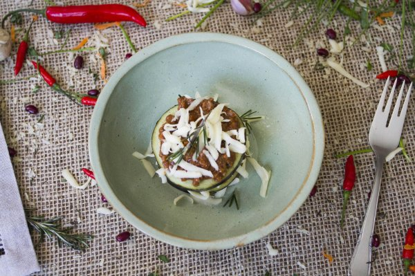 Lasanha de berinjela com carne magra à bolonhesa (low carb/ glúten free) - 400g