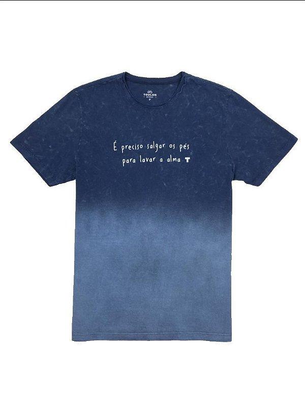 Camiseta Elaborada Salgar os Pés