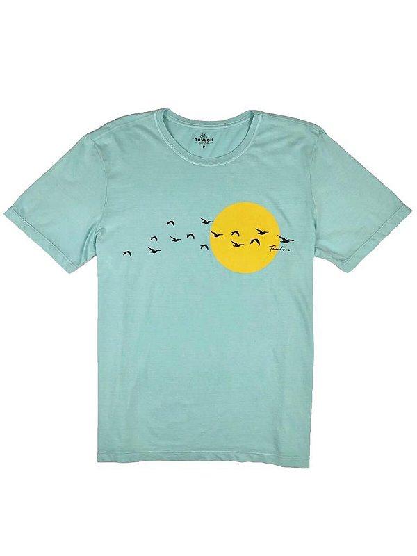 Camiseta Estonada Estampa Aves Marinhas