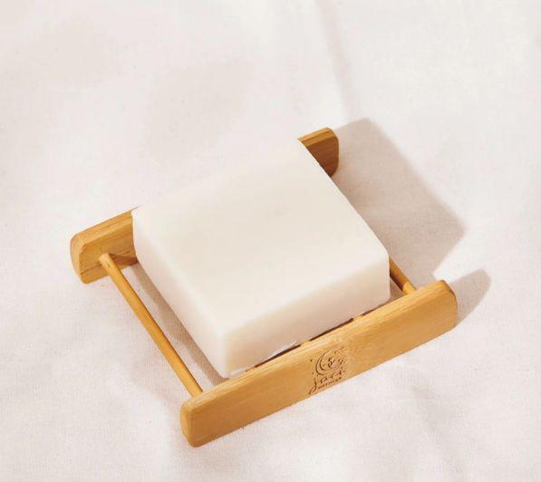 Sabonete e Shampoo Vegano em Barra | Banho de Ervas | Lavandin e Castanha | 95g