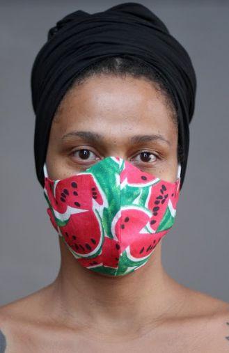 Mascara em Tecido Estampado