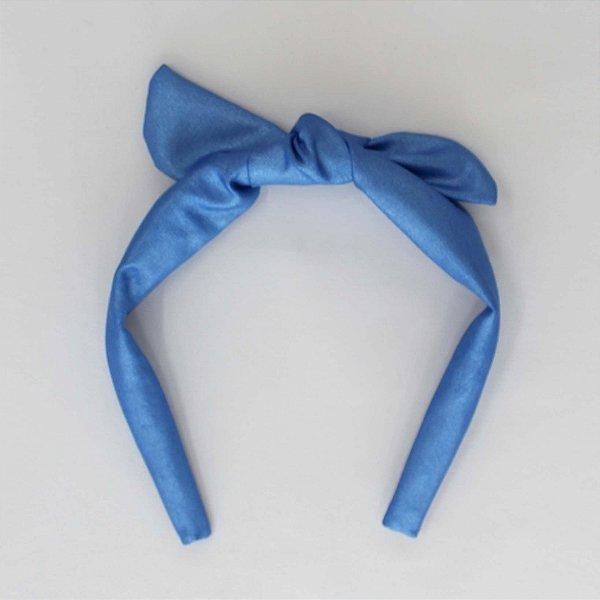 Tiara azul
