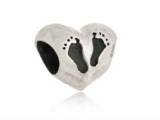 Berloque Coração Pé De Bebê Prata
