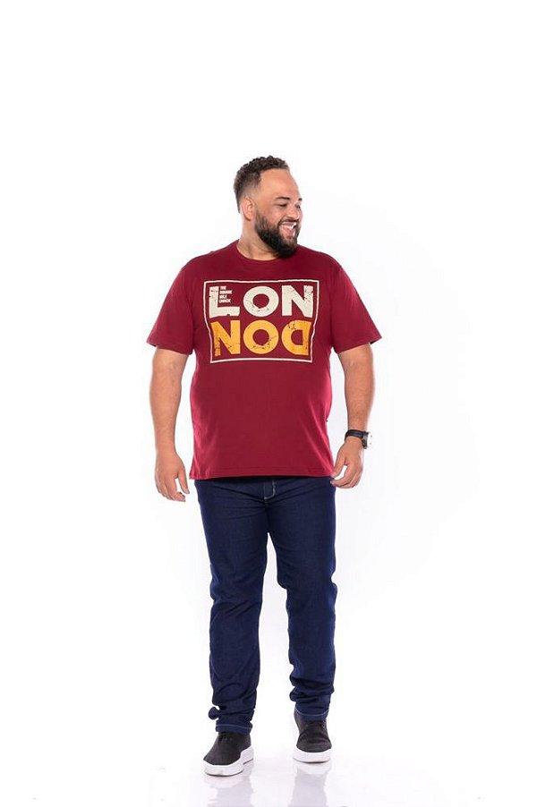 Camiseta Masculina Estampada London Plus Size Vinho Xp