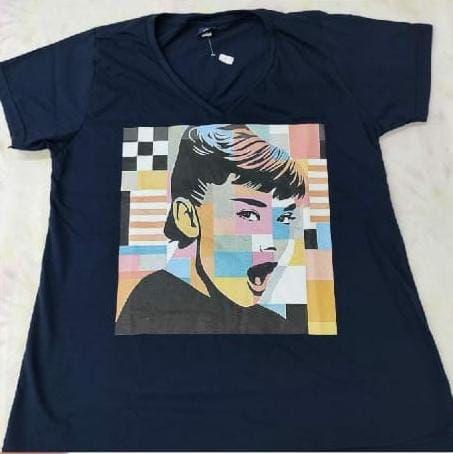 T-shirt Marinho Estampada Feminina Cabelo Colorido Plus Size