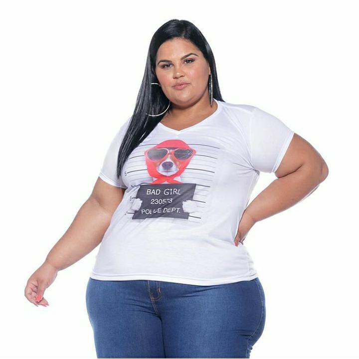 T-shirt Feminina Estampada Bad Girls Plus Size