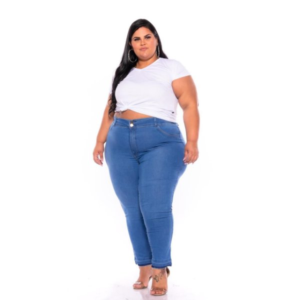 Calça Jeans Feminina Delavê Barra Desfeita Plus Size 62 Ao 70