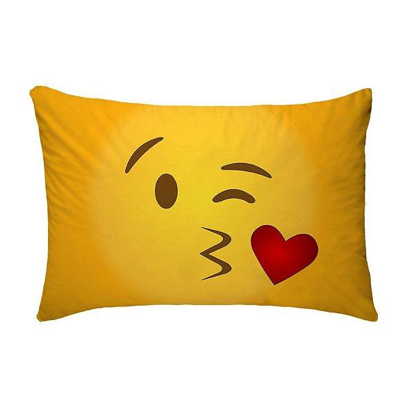 Fronha Para Travesseiros Nerderia e Lojaria emoticon whatsapp beijo colorido