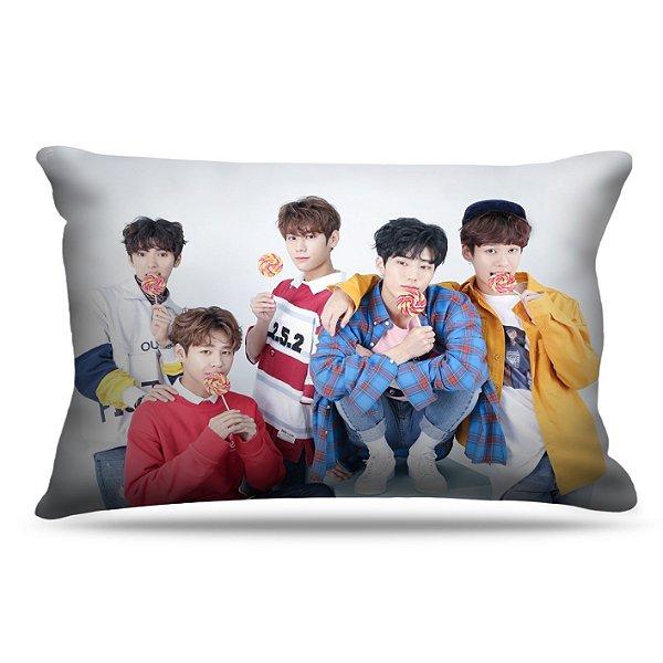 Fronha Para Travesseiros Nerderia e Lojaria kpop imfact coreanos colorido