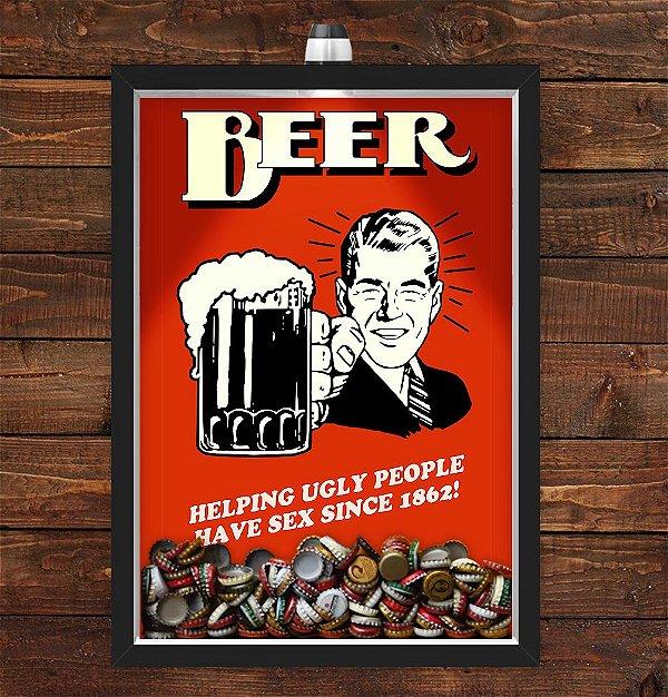 Quadro Caixa Porta Tampinha Cerveja 33x43 cm (Com Led) Lojaria e Nerderia. beer ugly preto