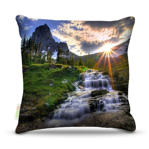 Almofada 45 x 45cm  Nerderia e Lojaria paisagem riacho colorido