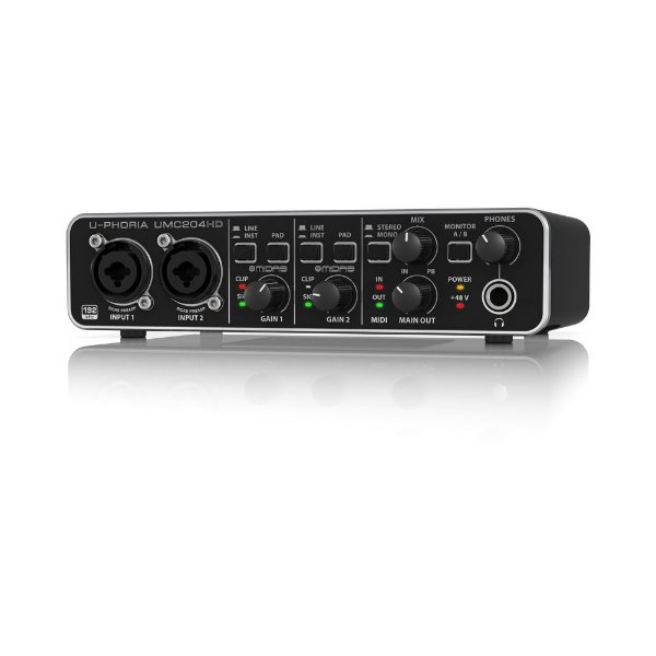 Interface de áudio - UMC204HD - Behringer