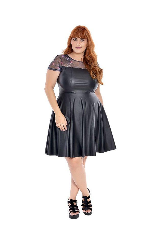 Vestido Plus Size Curto Couro Black