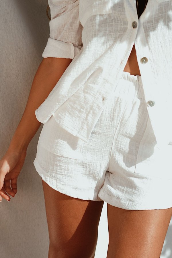 Shorts Soha branco