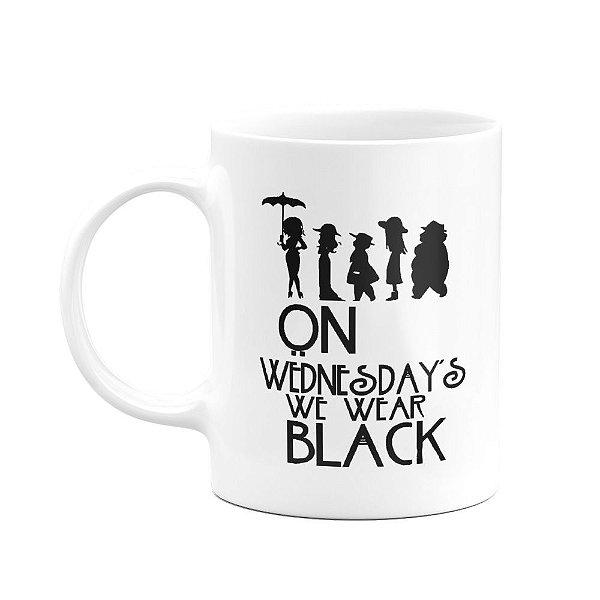 Caneca American Horror Story - On Wednesdays We Wear Black
