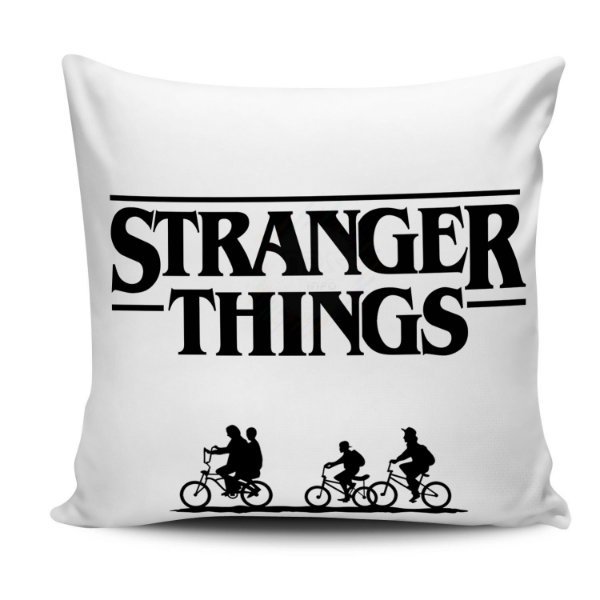 Almofada Stranger Things 30x30