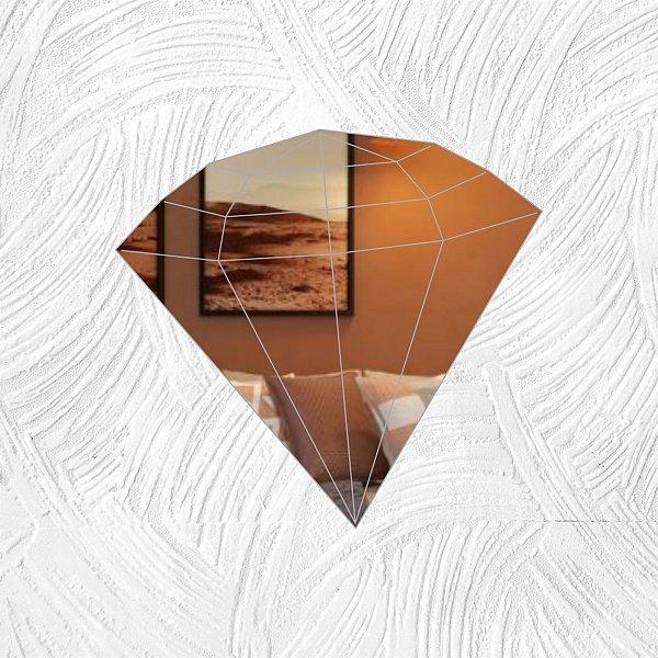 Diamante - Produzido em acrílico espelhado