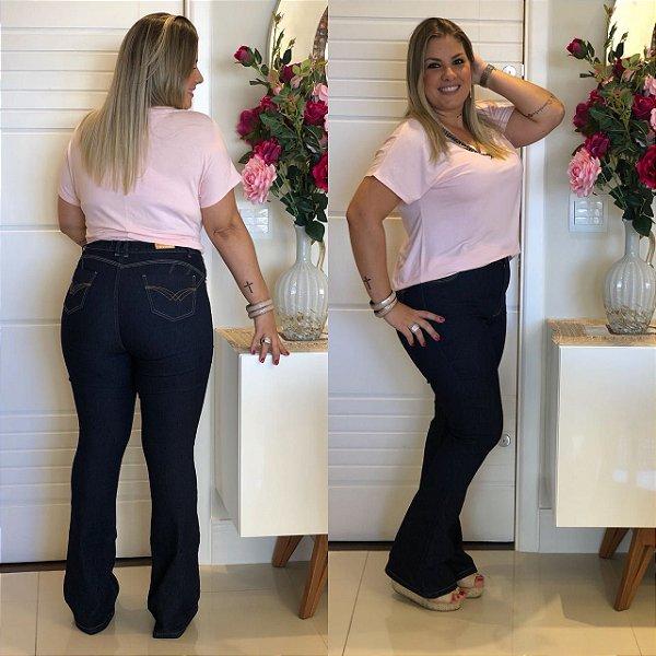 Calça Jeans Plus size Flare Azul Escura Básica