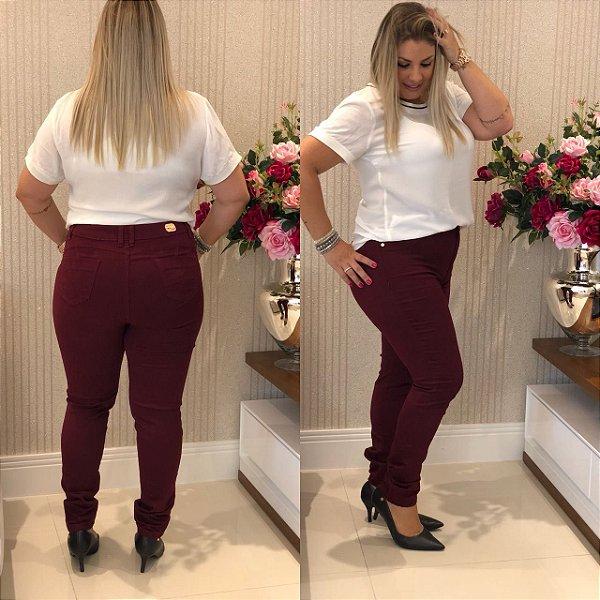 Calça Jeans Plus size Hot Pant Vinho