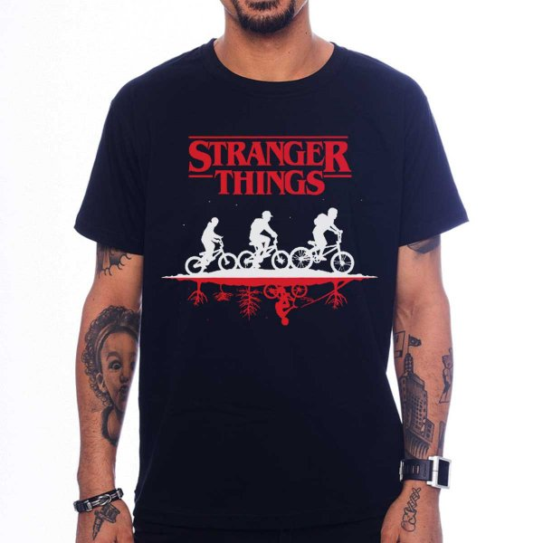 Camiseta Stranger Things - Upside Down