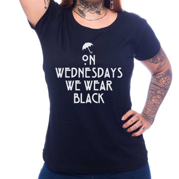 Camiseta Feminina American Horror Story - We Wear Black