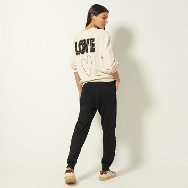 BLUSA MOLETOM BORADO LOVE - BEGE | REF: I1MAMO07